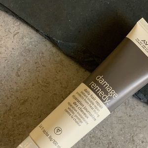 Aveda Damage Recovery Daily Hair Repair Treatment